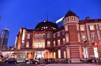 赤レンガ駅舎で親しまれている東京駅